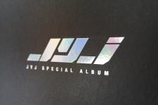 JYJ Special 1st album box lid inside