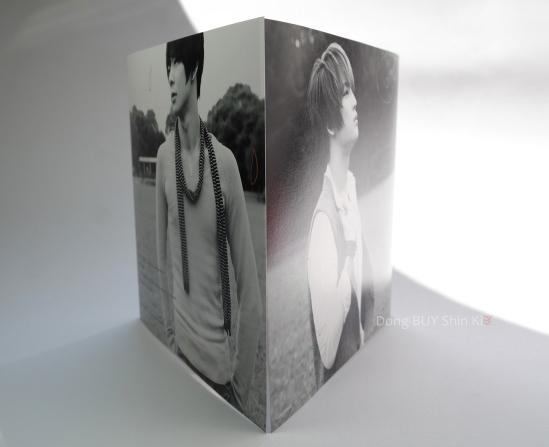Jejung Yuchun COLORS JaeChun black and white insert foldout