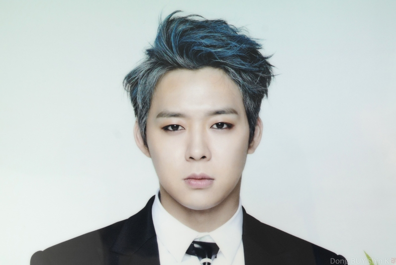 Yoochun Back Seat Just Us photoshoot blue hair eyeliner guyliner suit white shirt tie